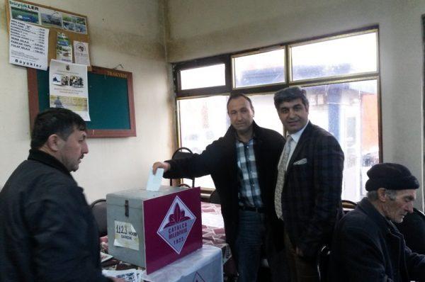 İzzettin halkı karar verecek, anıtı belediye yapacak
