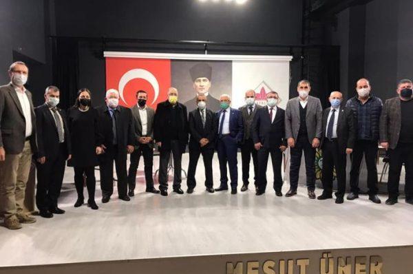 """ÜNER """"TARIM ARAZİLERİMİZE BİZDEN ÖNCE YAPILMIŞ KAÇAK YAPILARI YIKIYORUZ"""""""
